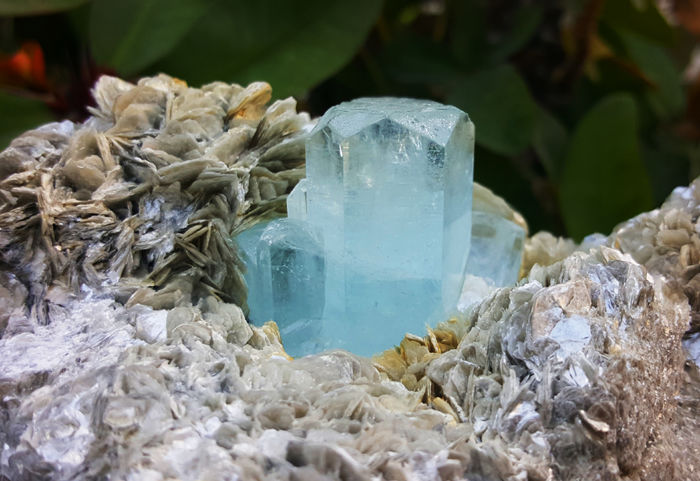 Aquamarine Skyblue Combine with Muscovite on Matrix - 135 x 102 x 79 mm - 1236 gm