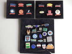 Collection of 34 enamel car and motorcycle pins - pins and brooches
