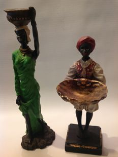Two Africa figures of butler and water carrier - ca. 1970