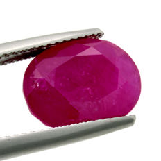 Pinkish Red Ruby - 6.66 ct.