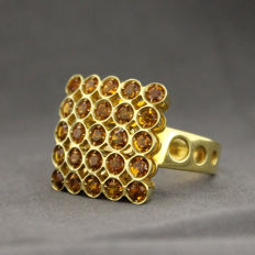 750/000 yellow gold ring with citrines, size 13