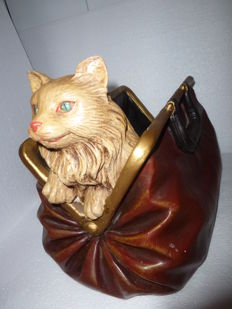 Decorative magazine rack doctor's bag with a cute cat