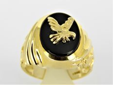 14 kt gold signet ring with onyx and gold eagle - 7.98 g