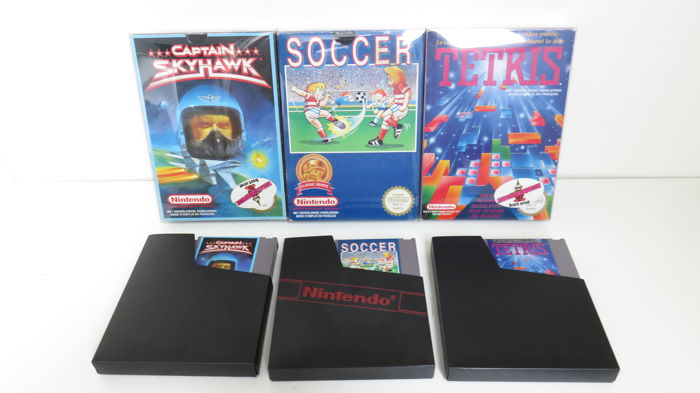 3 Nintendo NES boxed games