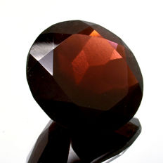 Red Garnet - 15.74 ct.  - No Reserve Price