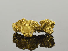 Gold nugget natural - 1.46 x 0.68 x 0.59 cm - 8.76 ct.