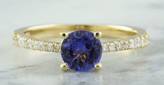 1.28 Carat Tanzanite And Diamond Ring In 14K Solid Yellow Gold -  Free Shipping - Ring Size: 7 ; No Reserve; Free Resizing