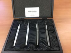Andre Philippe storage box with two pen sets
