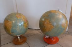 2 political world globes created for the Swedish market