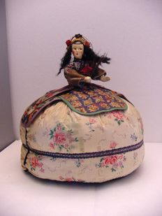 Antique Japanese Gofun doll, teacosy