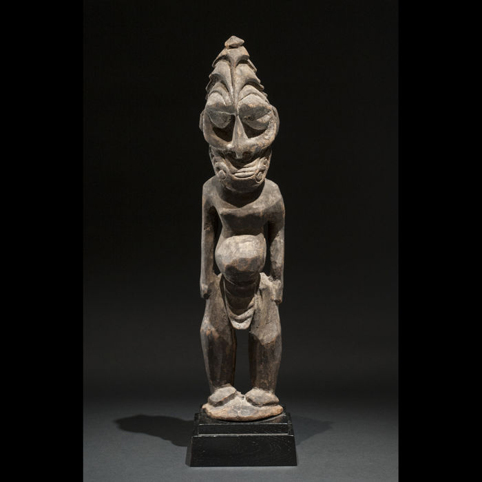Old statue - SEPIK - Papua New Guinea - PNG