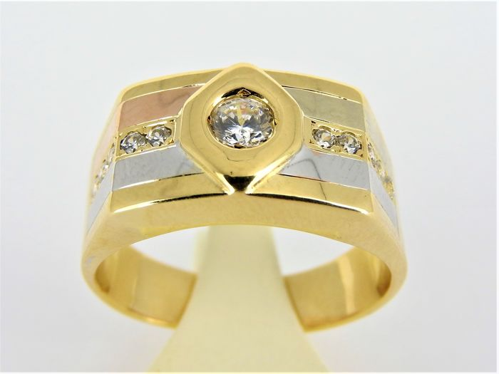 18 kt bi-colour-gold ring with 11 zirconias - size 21 - 10.8 g
