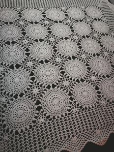 Unique piece of Sicilian made handcrafted doilies.