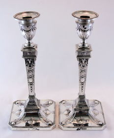 A pair of Victorian silver neoclassical style candlesticks - Martin, Hall & Co - Sheffield - 1894