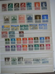 "Netherlands 1941/2001 - Collection in stock book incl. Juliana ""En Face"" low values"