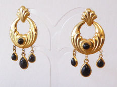 Italian design: *252 NA - Gold-plated dangle earrings with onyx droplets - 925 silver