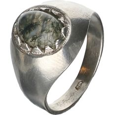 925/1000 Silver ring set with agate. - ring size: 16 mm