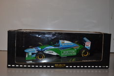 Minichamps - Schaal 1/18 - Benetton Ford B193B Presentation 1994