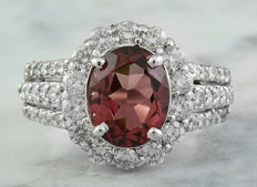 4.33 Carat Tourmaline And Diamond Ring In 14K Solid White Gold - Ring Size: 7 *** Free Shipping *** No Reserve *** Free Resizing