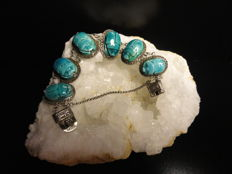 Silver 925 bracelet with 6 Scarabs.