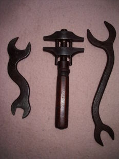 3 pieces of antique tools; wrench & open-end wrenches - Late 19th/early 20th century