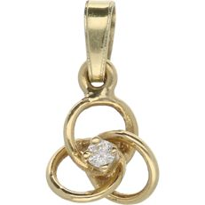 18 kt - Yellow gold pendant set with a 0.03 ct round, brilliant cut diamond - Length x Width: 15 mm x 8 mm