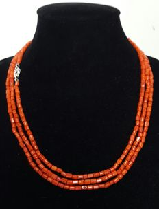 925 silver - long natural coral necklace - length: 162 cm