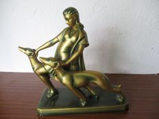 Diana the Godess of hunting - Art Deco sculpture