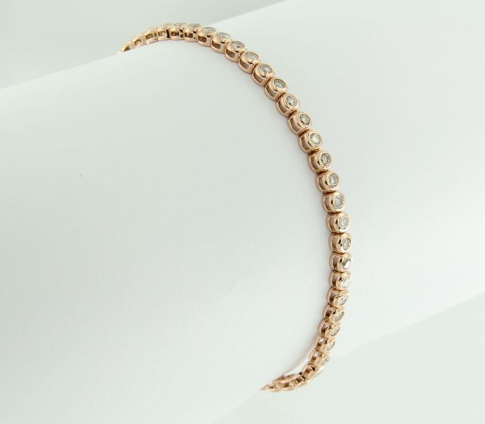 - no reserve price - 18 kt Rose gold tennis bracelet set with 82 brilliant cut diamonds, approx. 1.10 ct in total