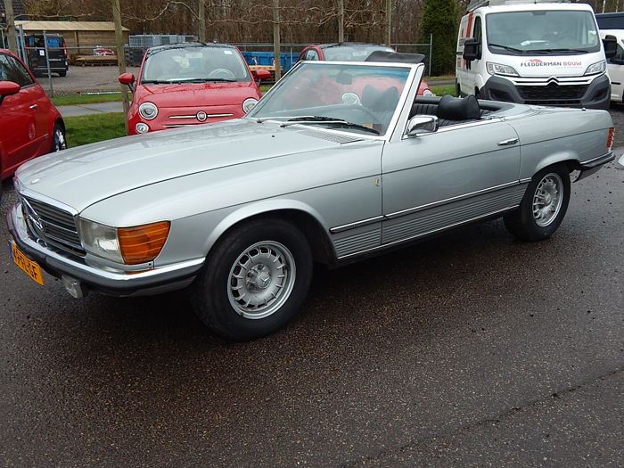 Mercedes-Benz - 350 SL - 1975