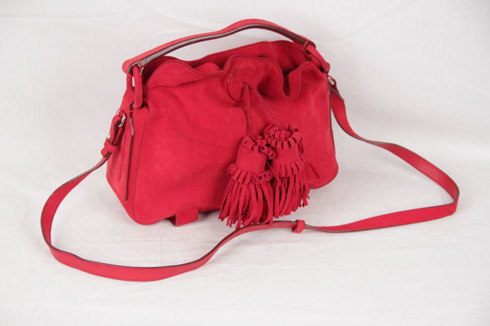 2f8e70db910b Yves Saint Laurent - Red Suede Shoulder bag - Catawiki