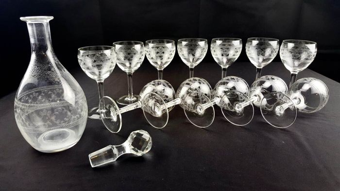 Pall Mall Lady Hamilton – Set of 13 pieces, glasses and decanter in fine, hand-engraved crystal