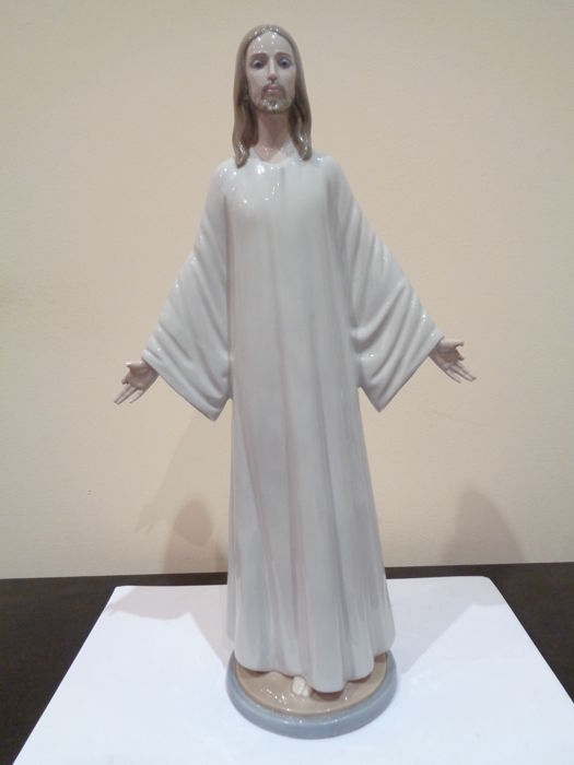 Jesus with extended arms and white long tunic - Lladró, Hand made in Spain, Daisa 1982 - Material: Porcelain