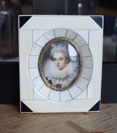 Hand-painted ivory miniature painting in ivory frame - England - 19th century