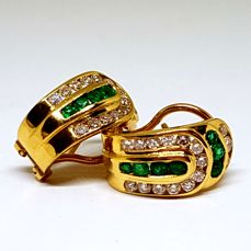 Gold 18 kt earrings and 10 g - brilliant cut diamonds 1.60 ct in total - omega clasp