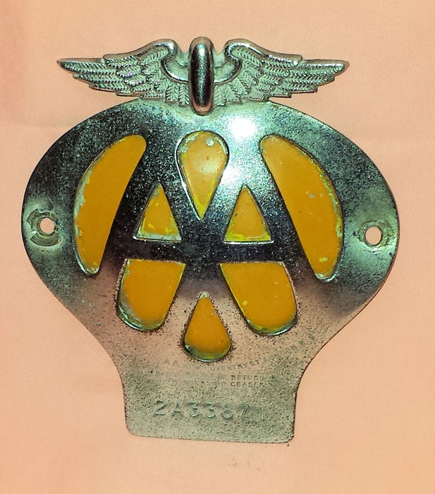 English car emblem - AA with number 2A33871