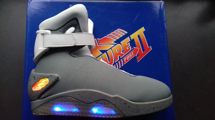 Back to the Future 2 - Universal Studios Licensed Marty McFly shoes