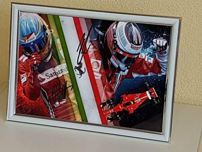 Kimi Raikkonen and Sebastian Vettel - Ferrari F1 - hand signed framed Art photo + 3D miniature Ferrari SF70H + COA. - Catawiki
