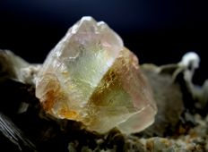 Terminated Large Bi-Colour Fluorite Crystal with Muscovite on matrix - 190 x 82 x 81mm - 726gr