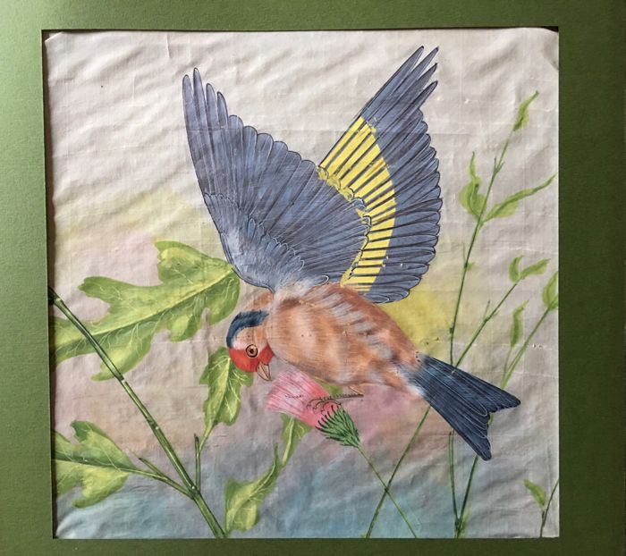 Painting on silk depicting a bird - 1950