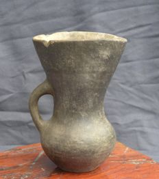 Earthenware drinking cup - Amlash culture H. 14.8 cm