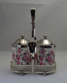 Enoch Wedgwood - England - set of 2 marmalade or mustard jars with matching display stand and 2 silver plated spoons