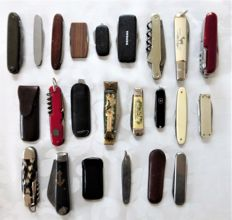 Collection of 23 pocket knives