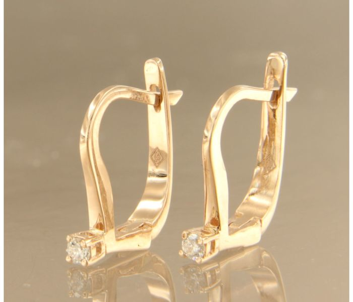 14 kt rose gold dangle earrings set with brilliant cut diamond, approx. 0.20 carat in total