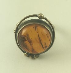 Old 925 silver ring with amber