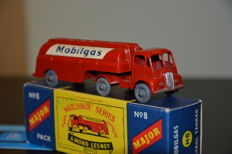 Matchbox - Mayor Pack No. M8 - Scale 1/76 - Thornycroft Articulated Tanker 1960