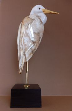 Jose Martin Consuegra – Heron, porcelain on wooden console (signed)