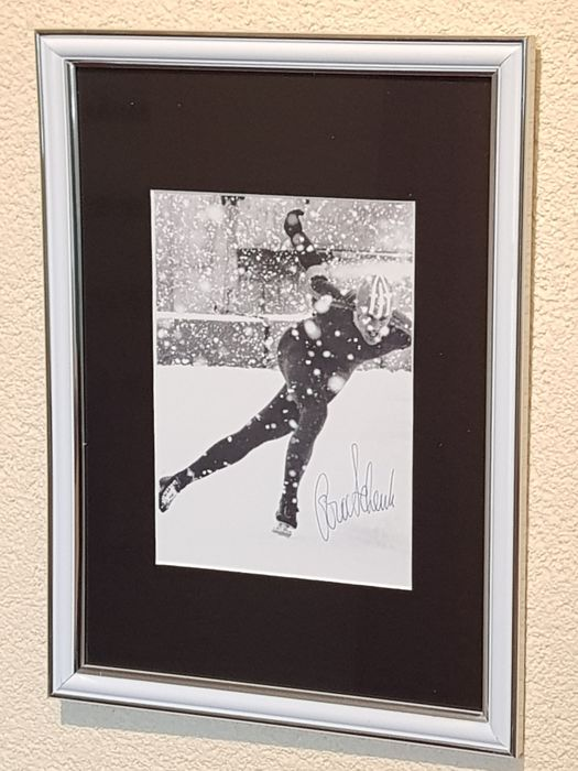 Ard Schenk - Olympic skating legend - hand-autographed framed photo + COA.