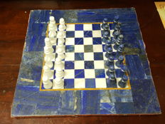 Beautiful and exclusive chess of lapis lazuli and macael marble.