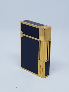 St Dupont lighter in Chinese lacquer